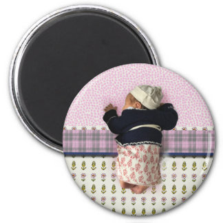 baby of love 6 cm round magnet