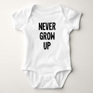Baby Onsie Never Grow Up Tees