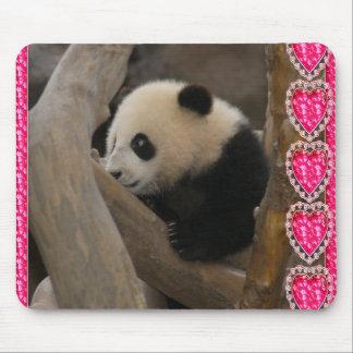 baby-panda-00186 mouse pad