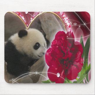 baby-panda-00438 mouse pad