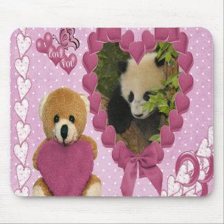 baby-panda-00512 mouse pad