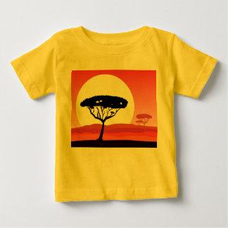 Baby yellow tshirt : africa