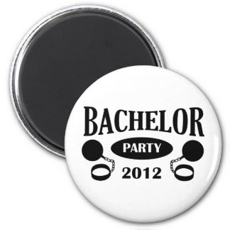 Bachelor's degree party 6 cm round magnet
