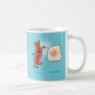 Bacon Loves Eggs Basic White Mug