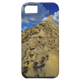 Badlands formations at Dinosaur Provincial Park 5 iPhone 5 Cover