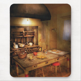 Baker - Granny's Stove Mouse Pad