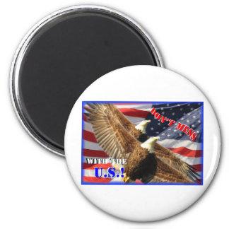 Bald Eagle and US Flag 6 Cm Round Magnet