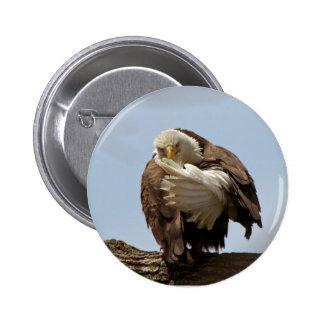 Bald Eagle - The bird giving the bird 6 Cm Round Badge