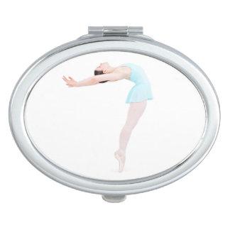 Ballerina enpointe compact mirror