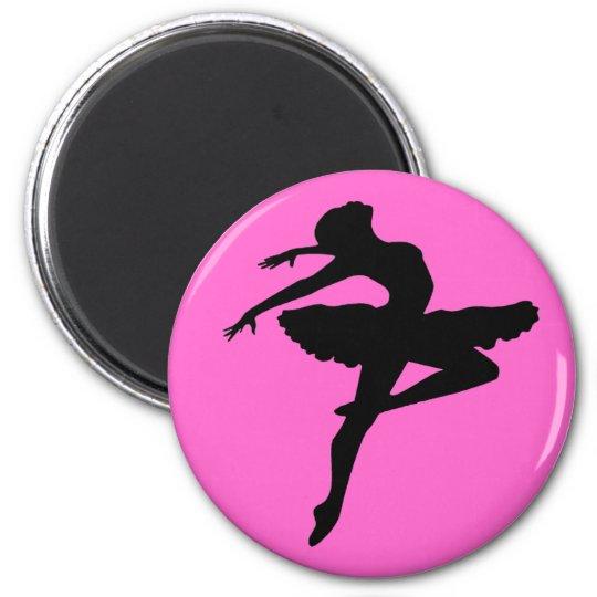 Ballerina Pose 6 Cm Round Magnet