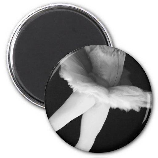 Ballet - Dance - Ballerina 9 - Black & White Magnet
