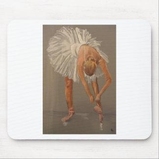 Ballet dancer 1 mouse pad