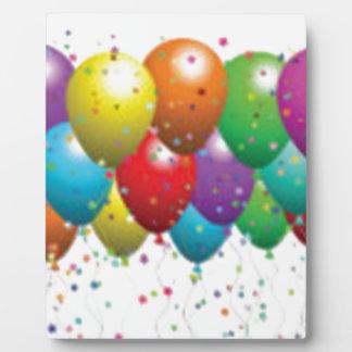 balloon_birthday_card_customize-r11e61ed9b9074290b plaque