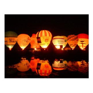 Balloon glow-2 postcard