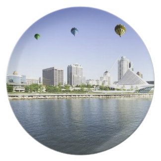Balloons over Milwaukee WI Plate
