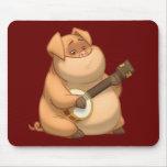 Banjo-Strummin' Pig Mousepad