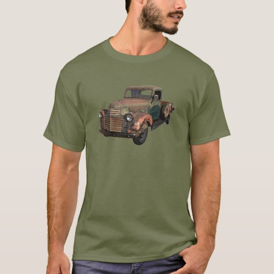 Barn find GMC pickup. T-Shirt