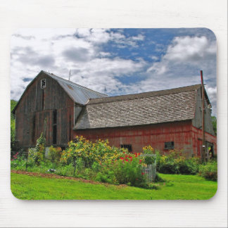 Barn on a Sunny Summer Day Mouse Mat