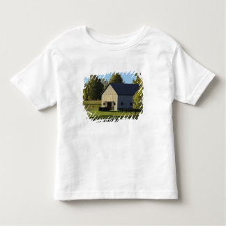 Barn on thoroughbred horse farm at sunrise, toddler T-Shirt