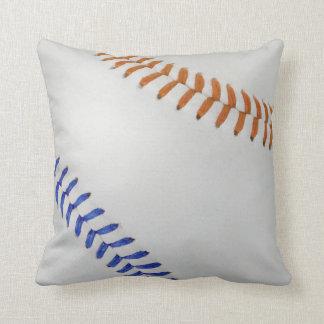 Baseball Fan-tastic_Color Laces_og_bl Cushion