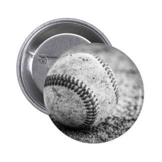 Baseball in Black and White 6 Cm Round Badge