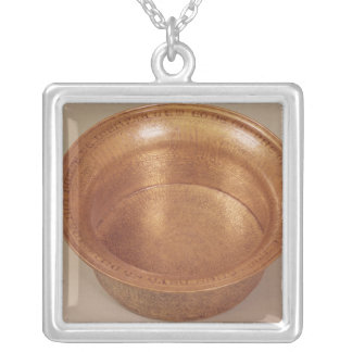Basin decorated with geometric patterns silver plated necklace