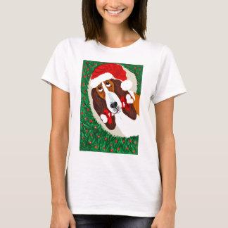 Basset Hound Christmas Wreath T-Shirt