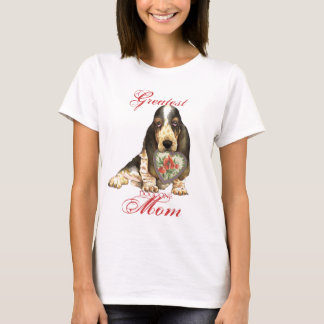 Basset Hound Heart Mom T-Shirt