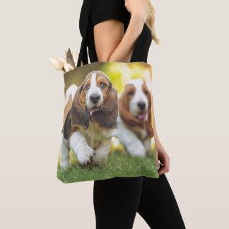 Basset Hound Puppies Running Tote Bag