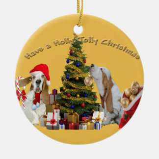 Basset Hounds Have Holly Jolly Christmas Round Ceramic Decoration