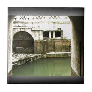 Bath England 1986 Roman Bath1b snap-14067 jGibney Tile
