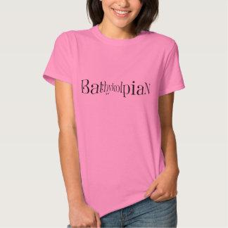 Bathykolpian visual bust enhancing t-shirt