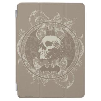 Batman Urban Legends - White/Taupe Skull iPad Air Cover