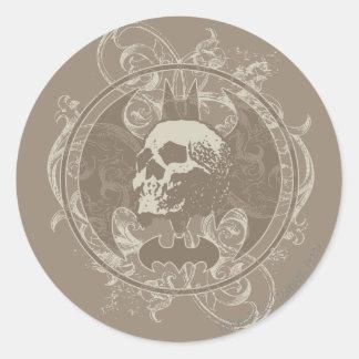 Batman Urban Legends - White/Taupe Skull Round Sticker