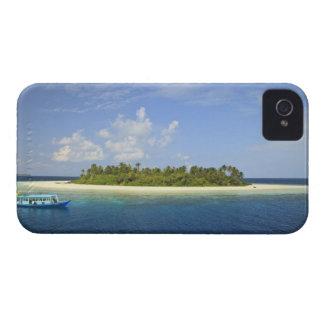 Baughagello Island, South Huvadhoo Atoll, iPhone 4 Case-Mate Case