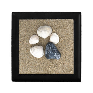 Be different small square gift box