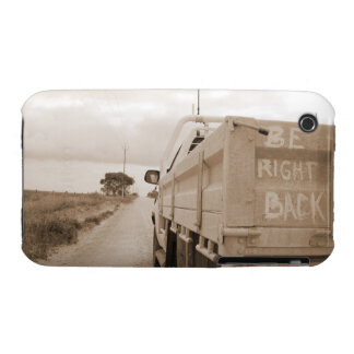 Be right back nature landscape dirt road sky ute iPhone 3 Case-Mate case