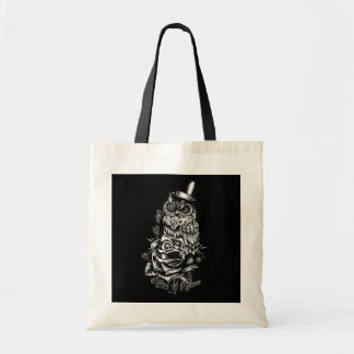 Be wise black owl with top hat illustration tote bags