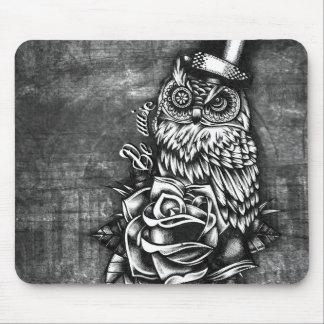 Be Wise tattoo style owl on digital wood base. Mouse Pad