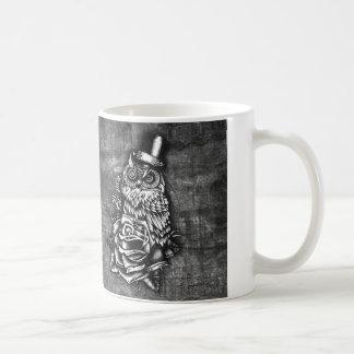 Be Wise tattoo style owl on digital wood base. Mug