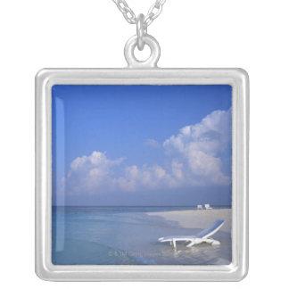 Beach 3 square pendant necklace