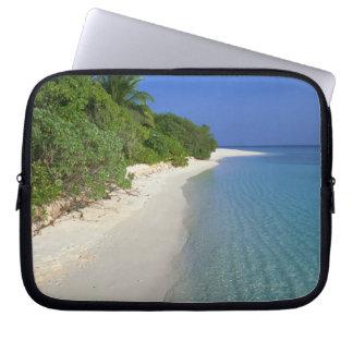 Beach 4 laptop sleeve