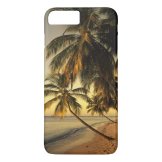 Beach at sunset, Trinidad iPhone 8 Plus/7 Plus Case