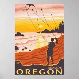 Beach & Kites - Seaside, Oregon Poster