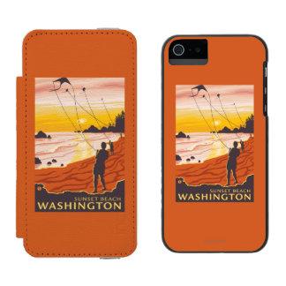 Beach & Kites - Sunset Beach, Washington Incipio Watson™ iPhone 5 Wallet Case
