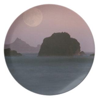 Beach Moonset Rockaway Party Plates