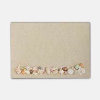 Beach Sand with Row of Sea Shells Post-it Notes