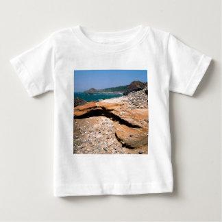 Beach Sandstone Erosion Otter Wayside T-shirt