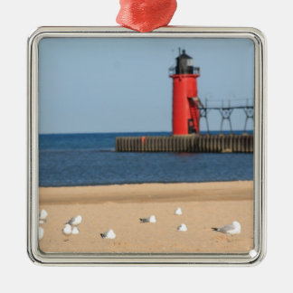 Beach scene with seagulls and lighthouse Silver-Colored square decoration