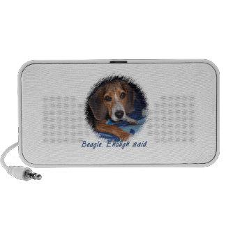 Beagle Puppy With Attitude - Custom Background Mp3 Speaker